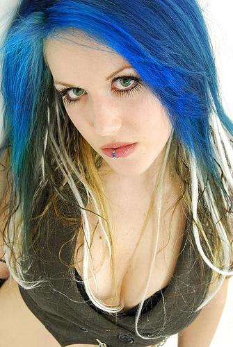 Alissa White